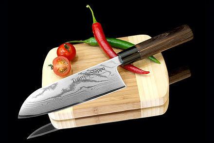 Нож кухонный стальной Сантоку (165мм) Tojiro Shippu FD-597