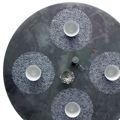Салфетка подстановочная, винил, диам. 38 см, STEEL BLUE CHILEWICH Pressed Petal арт. 100407-002