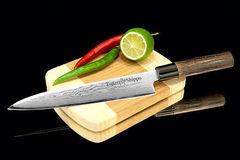 Нож кухонный стальной для нарезки, слайсер (180мм) Tojiro Shippu FD-599