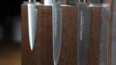 Комплект из 6 ножей Samura Mo-V и коричневой подставки