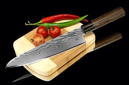 Нож кухонный стальной Шеф (210мм) Tojiro Shippu FD-594
