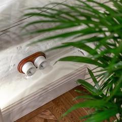 Розетка с заземлением и шторками (белый) Ретро WL18-03-02 Werkel
