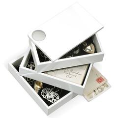 Шкатулка Spindle белая Umbra 308712-660