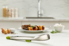 Щипцы кухонные Elevate Steel зеленые Joseph Joseph 10536