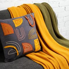 Подушка декоративная с бахромой и аппликацией из коллекции Ethnic, 45х45 см Tkano TK19-CU0018