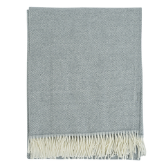 Плед из шерсти мериноса серого цвета из коллекции Essential, 130х180 см Tkano TK19-TH0009