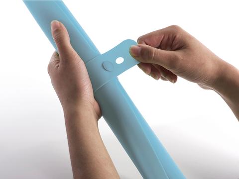 Коврик для теста с мерными делениями Joseph Joseph Roll-up голубой 20097