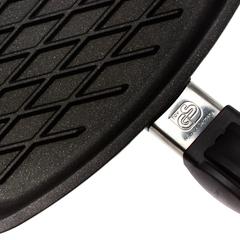 Сковорода гриль квадратная 28х28 см съемная ручка AMT Frying Pans арт. AMT E285BBQ