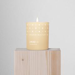 Свеча ароматическая LYKKE с крышкой, 65 г (новая) SKANDINAVISK SK20208