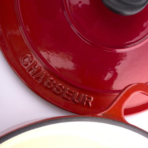 Кастрюля с крышкой чугунная 22 см (3,1л), с эмалированным покрытием, CHASSEUR Rubin (цвет: алый) арт. 372208