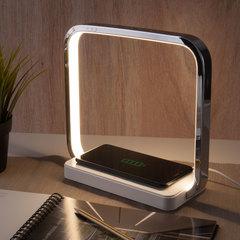 Светодиодная настольная лампа с беспроводной зарядкой QI Eurosvet Frame 80502/1 хром