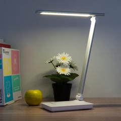 Светодиодная настольная лампа с сенсорным управлением Eurosvet Brooklyn 80423/1 серебристый