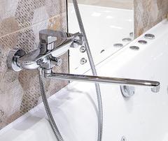 Dinkel 5802L Смеситель для ванны с длинным изливом WasserKRAFT Серия Dinkel 5800