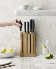 Набор ножей Elevate™ Knives Bamboo в подставке из бамбука Joseph Joseph 10300