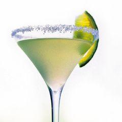 Набор для приготовления коктейля ( шейкер+пресс для мохито+соковыжималка+джиггер) IBILI Clasica арт. 782200
