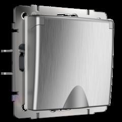Розетка влагозащ. с зазем. с защит. крышкой и шторками (cеребряный рифленый) WL09-SKGSC-01-IP44 Werkel