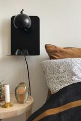 Лампа настенная Ball с разъемом USB, черная матовая с черным шнуром Frandsen 401665011