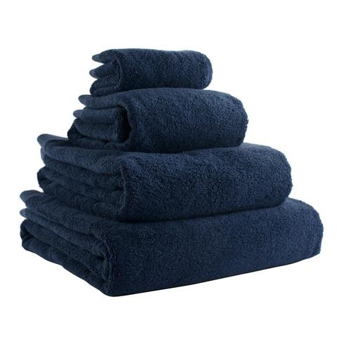 Полотенце банное 140х70 темно-синего цвета Tkano TK18-BT0013