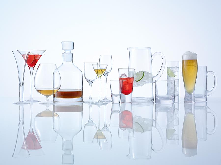 фотографируем стеклянную посуду на белом фоне обычные часовые