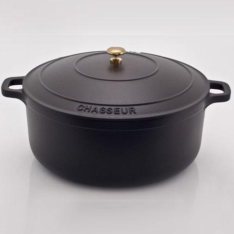 Кастрюля с крышкой чугунная 28см (6,3л), с эмалированным покрытием, CHASSEUR Black (цвет: чёрный) арт. 3728 (2810)