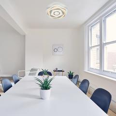 Светодиодный потолочный светильник с пультом управления Eurosvet Puff 90162/1 белый