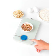 Цифровые кухонные весы Brabantia 122668