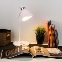 Настольный светильник с выключателем Eurosvet School 01077/1 белый