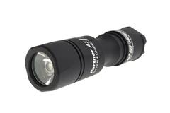 Фонарь светодиодный тактический Armytek Partner A1 v3, 560 лм, теплый свет, аккумулятор F02202BW